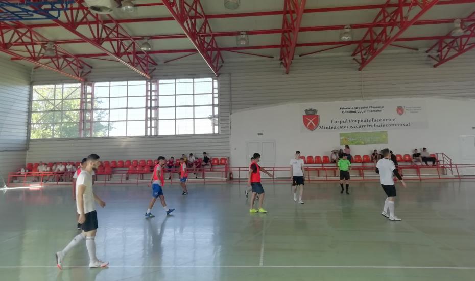 În timpul meciului cu Parohia Nicolae Bălcescu II în faza grupelor